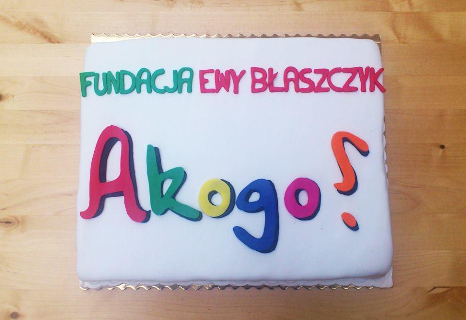 tort Fundacji Ewy Błaszczyk Akogo dla Zacisza Anny Korcz